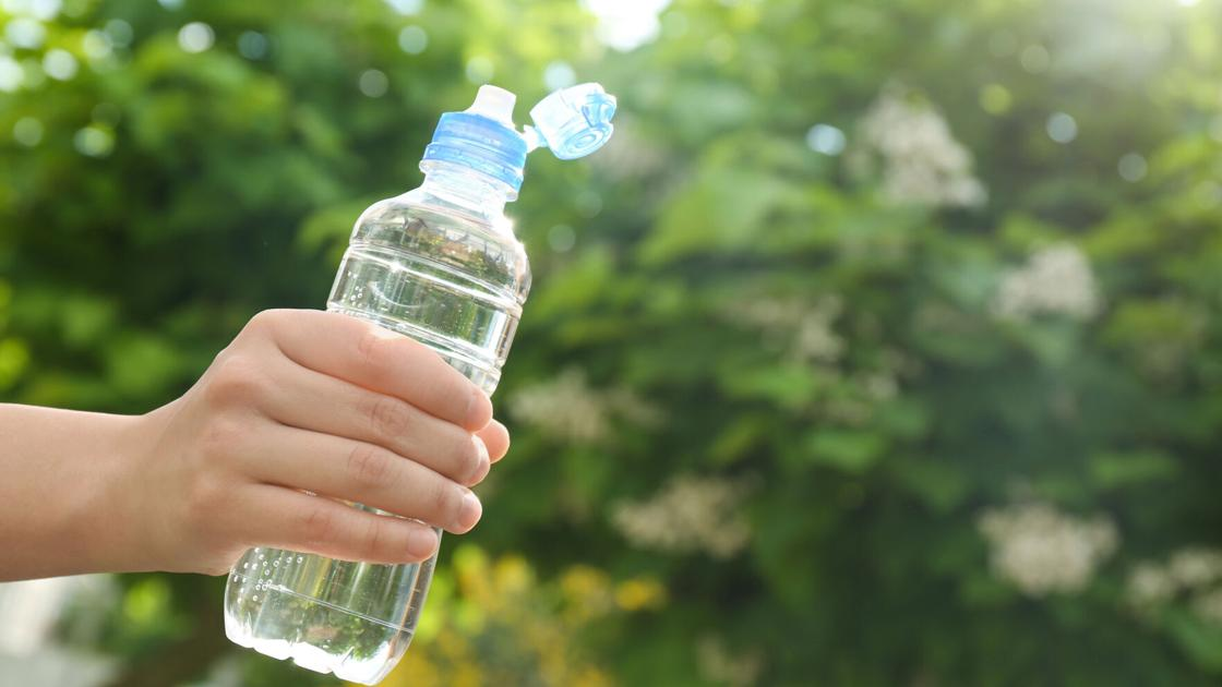 'Drink to thirst' when exercising to stay hydrated