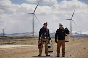 Wyoming's fossil fuel workforce is ideal for the growing wind industry, wind CEO says