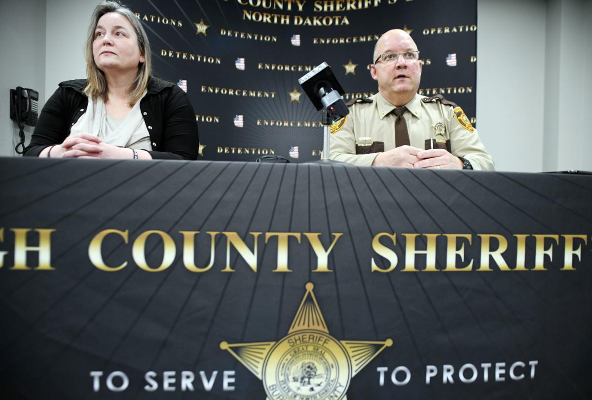 011020-nws-sheriff-presser