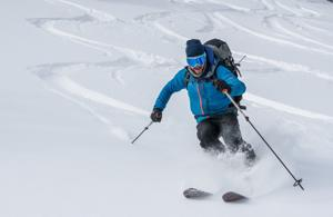 Yellowstone guides offer routes to powder for skiers, snowboarders