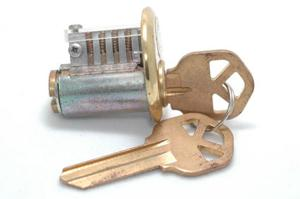 Cutaway lock with right key