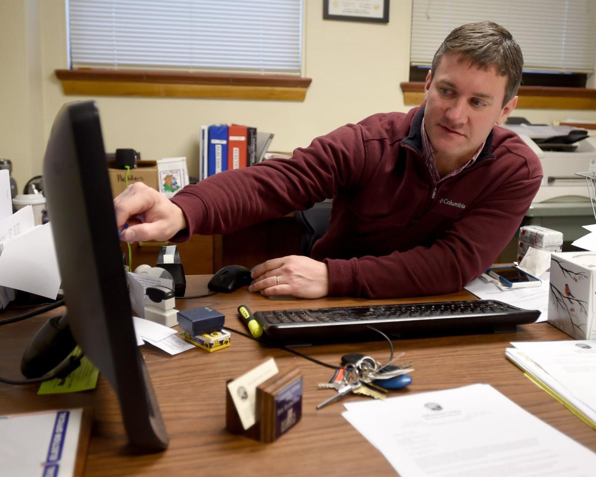 Bret Rutherford checks voting stats