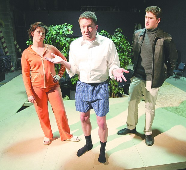 House & Garden: Venture Theatre players stage simultaneous comedies