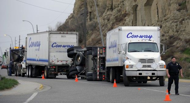 Con-way Freight rollover