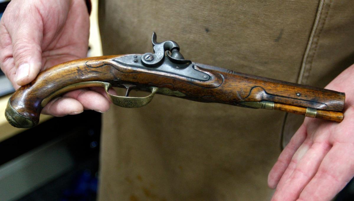Billings man takes up legendary relative's gun making
