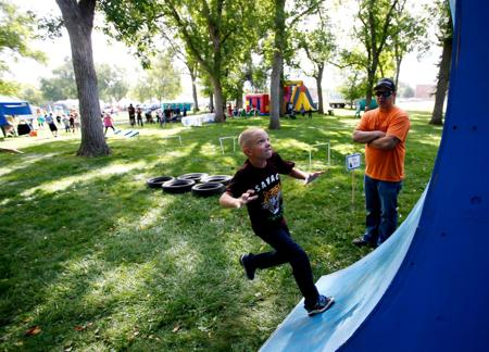 Crowds flock to Saturday Live fundraiser at Pioneer Park - Please turn images on