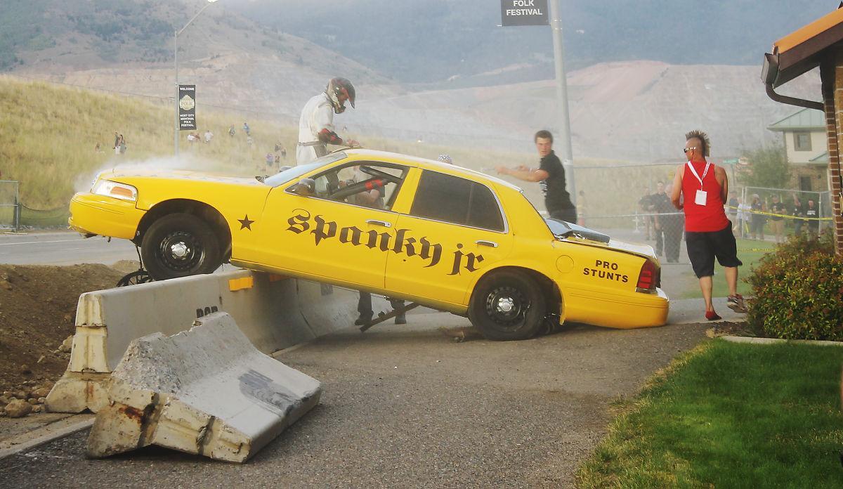 stuntman breaks reverse car jump record at evel knievel days