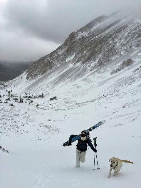 Solo skiing