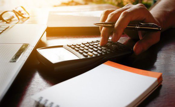 4 Easy Ways to Save Money on Taxes Before the Year Is Over