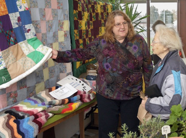 The Rev Aline Russell chats with Olive Edwards about quilts