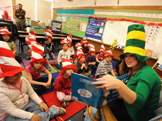 Christi Beals reads 'The Cat In The Hat'