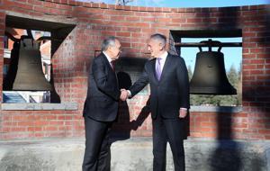 Secretary of Defense visits Wyoming to mark return of war-trophy Bells of Balangiga to Philippines