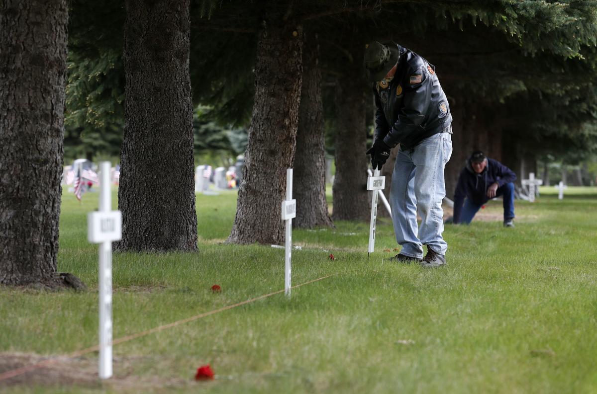 Vietnam veterans crosses