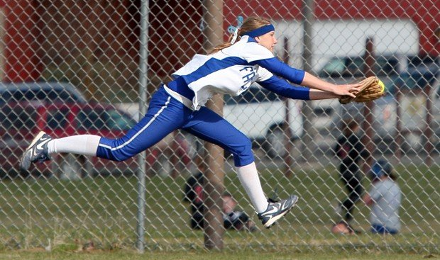 Amber Meyers makes a diving catch