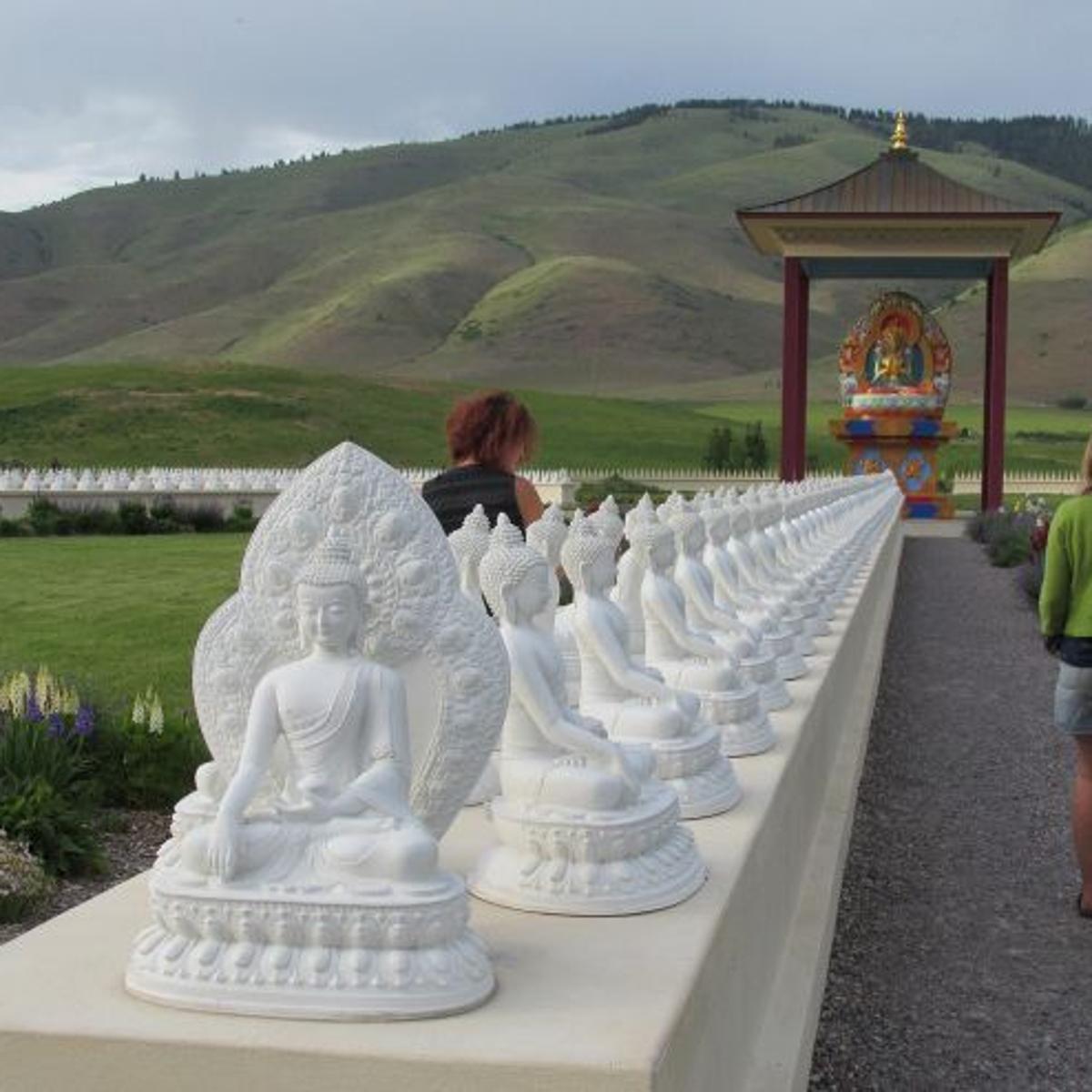 Hitting The Road Garden Of One Thousand Buddhas Enjoy Billings Billingsgazette Com