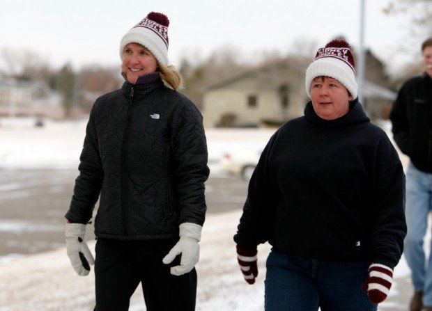 Shelly Popp of Billings and Tammy Dynneson of Sidney