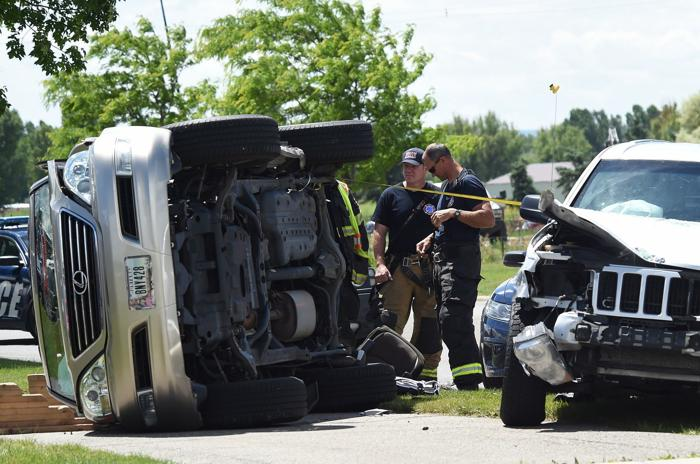 1 taken to hospital after 3-car crash that closed Zimmerman Trail at Grand Avenue