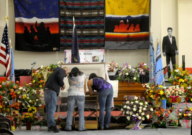Mourners for Elouise Cobell gather