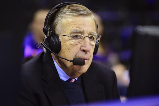 Column: Looking live once more as era ends with Musburger