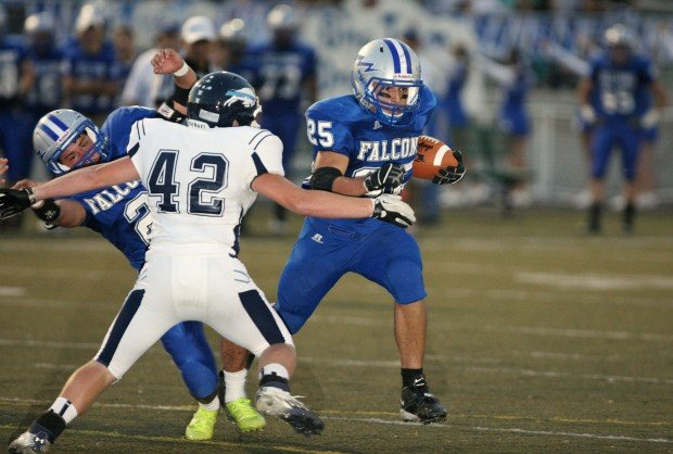 Alex Picicci of Skyview carries the ball
