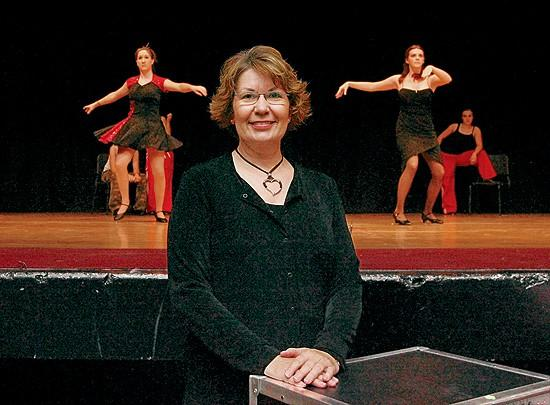 Veteran dancer takes lessons to the edge