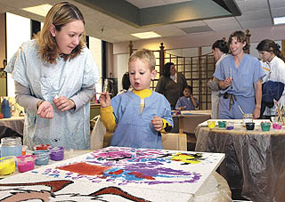 Local artist brings healing arts program to local hospital