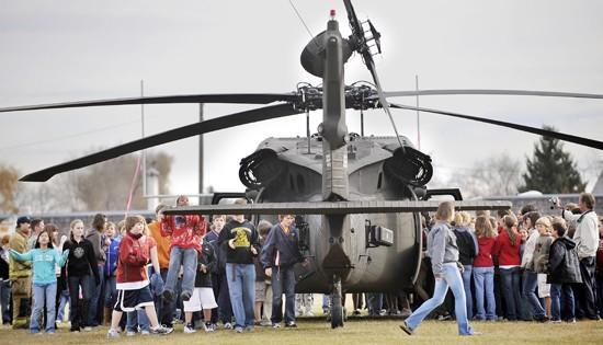 Billings students honor soldiers