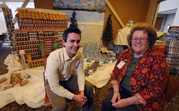 GE Capital donates to Food Bank