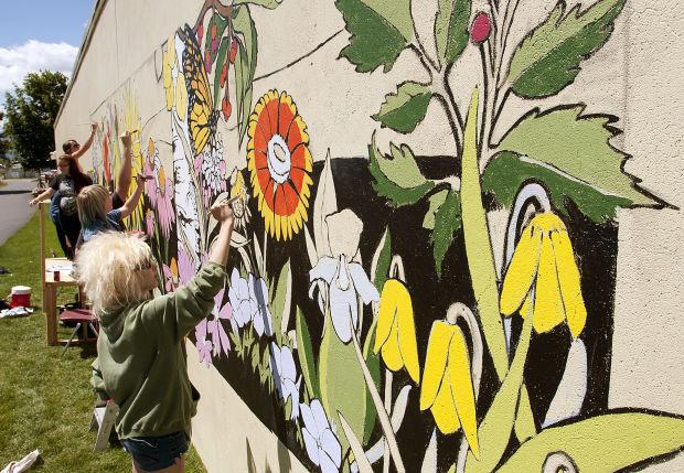 060914 mural 01 tb.jpg