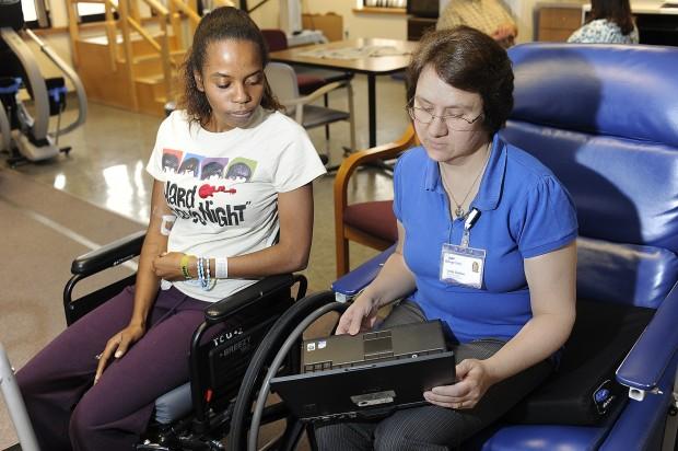 Linda Shelton, physical therapist