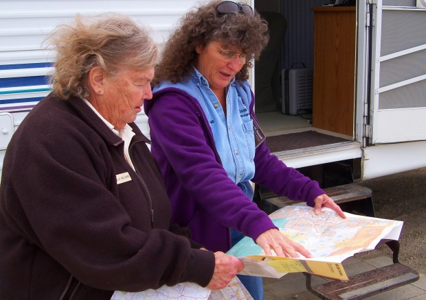 Illa Willmore looks at a map