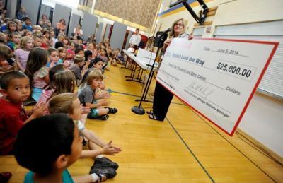 Exxon Donates $25k to Bench Elementary