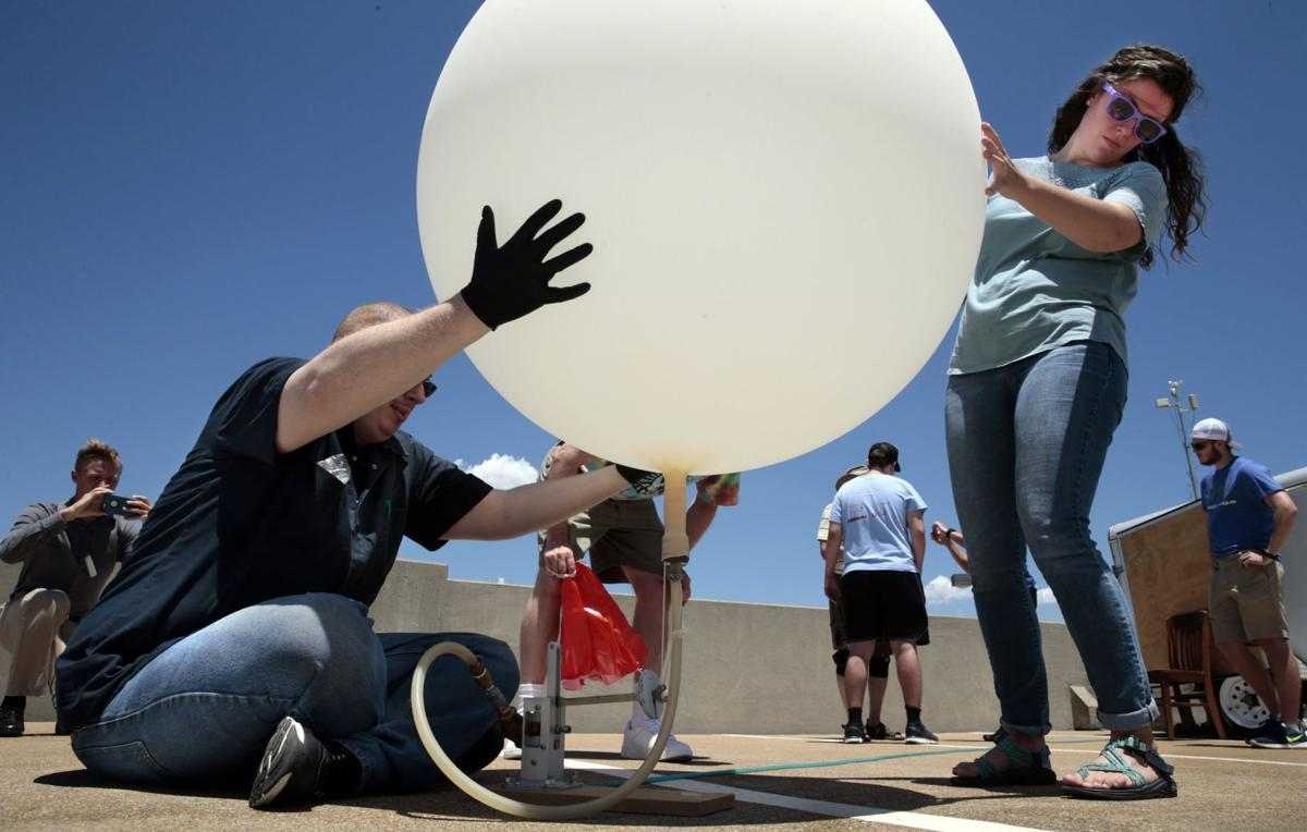 Weather balloon tests for eclipse launch