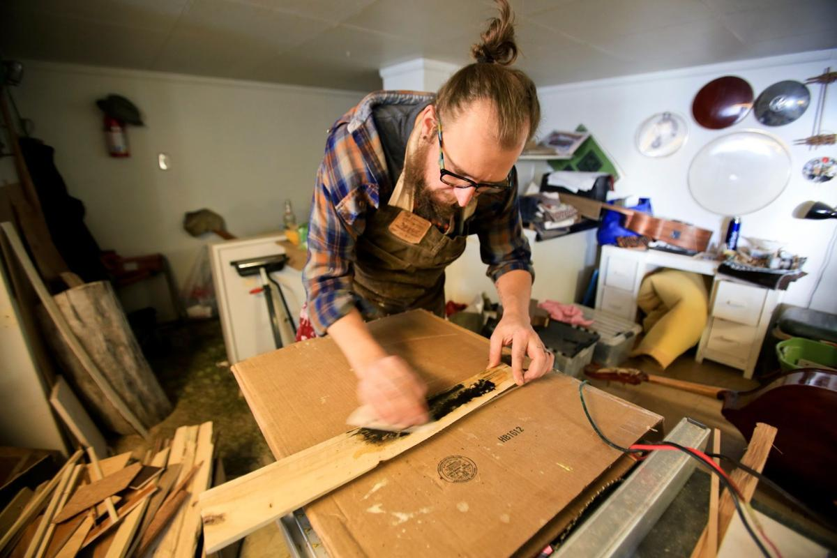 Wes Urbaniak sands wood