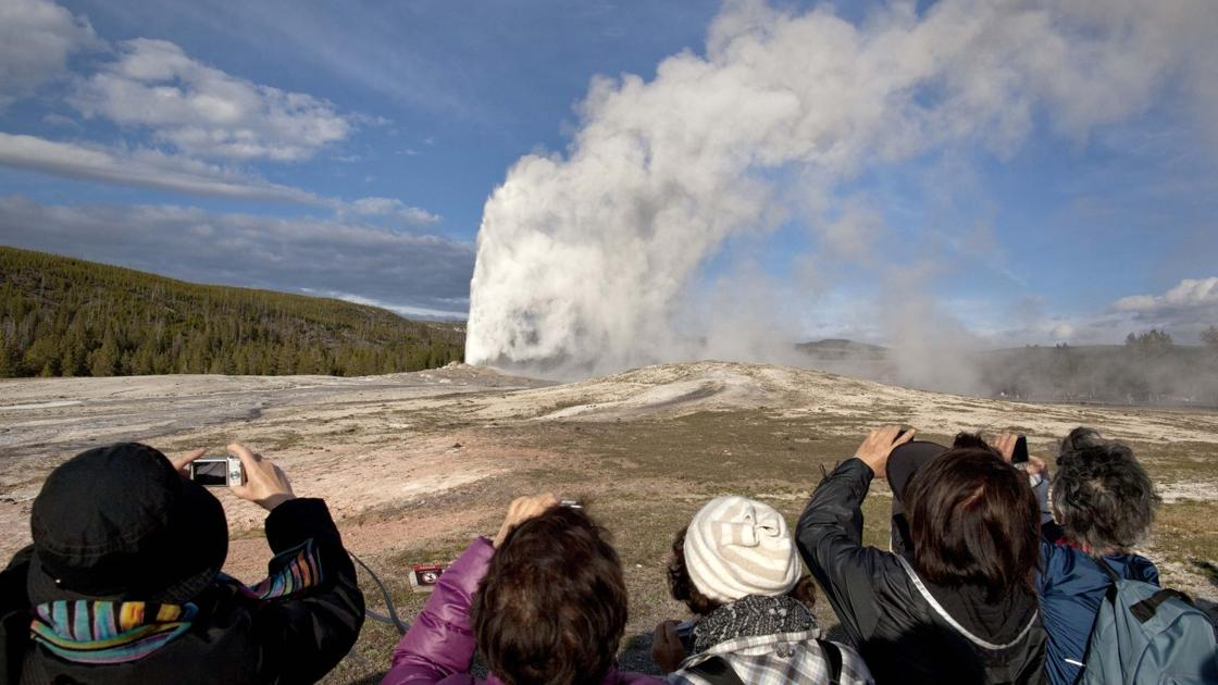 Study: Climate change could interrupt Yellowstone geysers - Billings Gazette