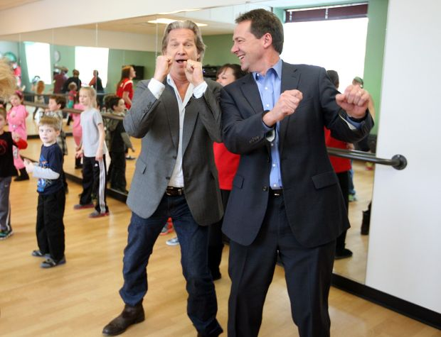 Actor Jeff Bridges and Governor Steve Bullock