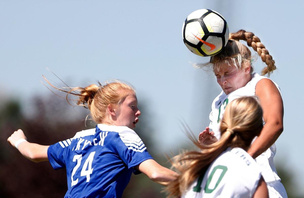 Billings Skyview vs. Great Falls CMR girls soccer