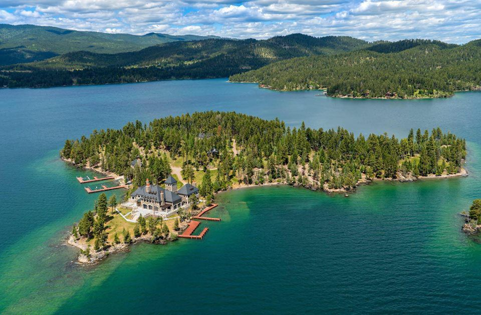 Shelter Island aerial shot