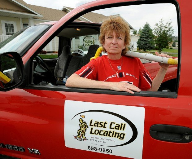Fault Locating Truck : Entrepreneur locating need for specific service leads to line