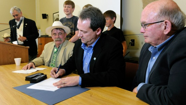 Steve Bullock signs House Bill 24