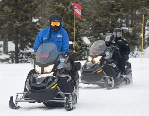 Yellowstone opens snowmobile permit lottery