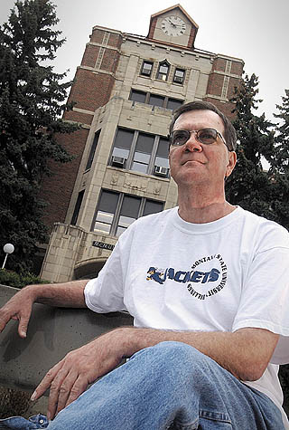 Once homeless, Stan Stone HITS NEW MILESTONE: he's a College grad