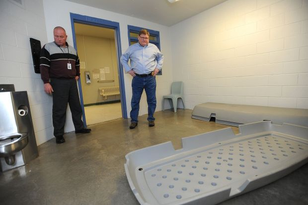 Jail cells full to overflowing in Bakken oil country