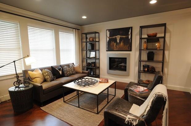 233 Feldspar - living room