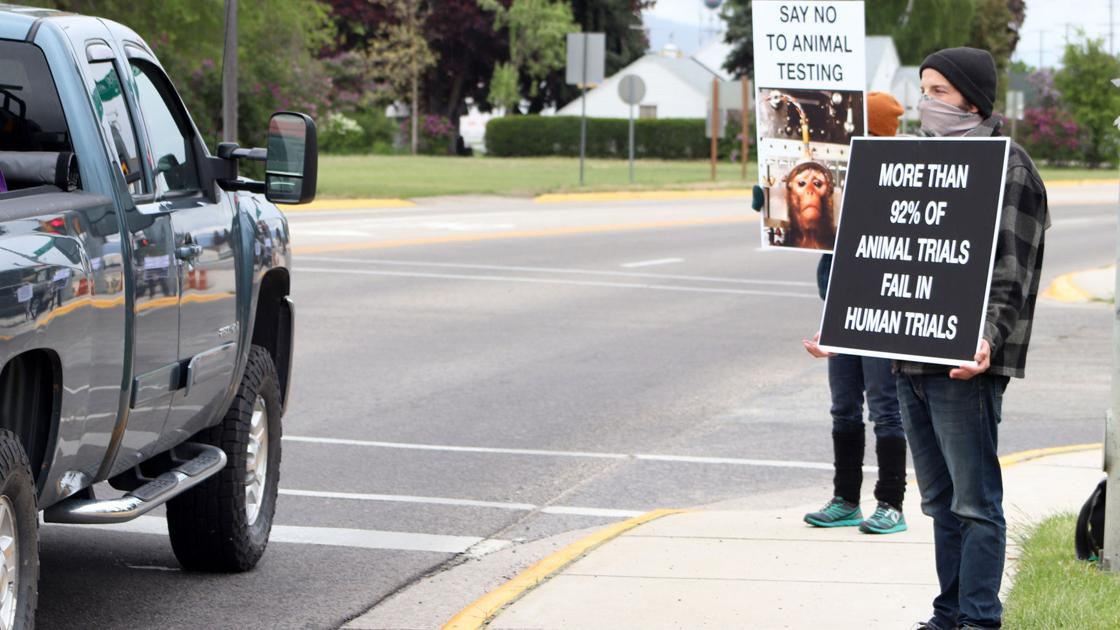 Protest takes aim at Rocky Mountain Labs