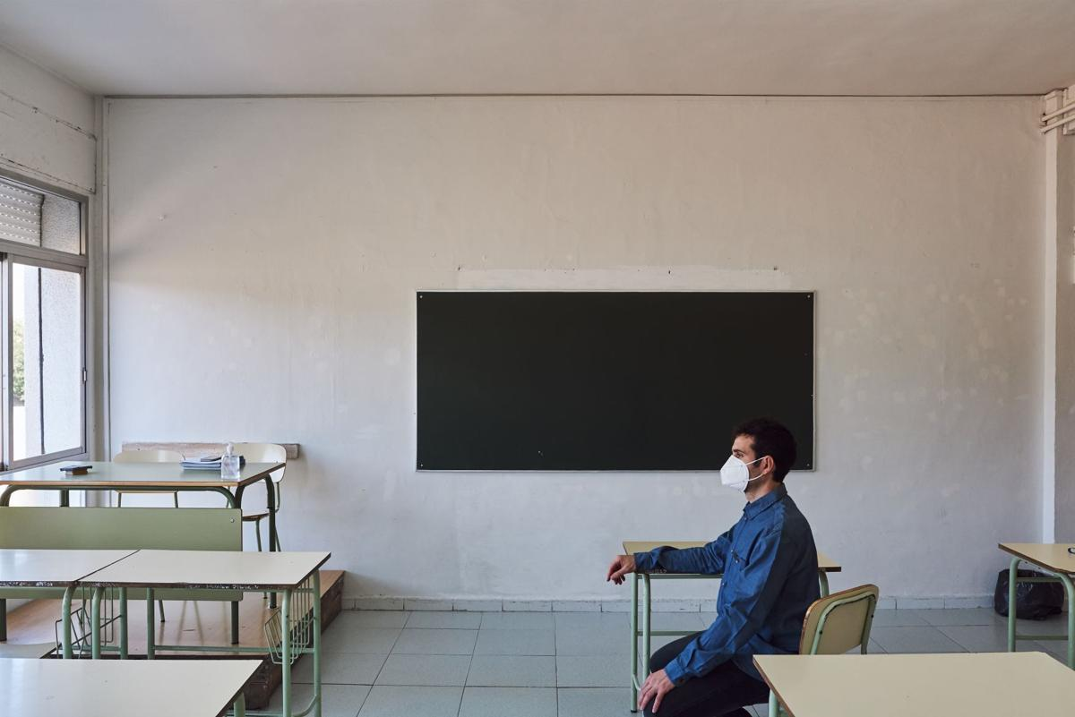 covid classroom illustration