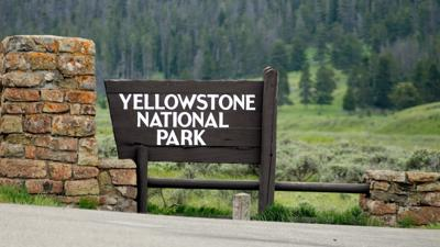 Yellowstone National Park sign