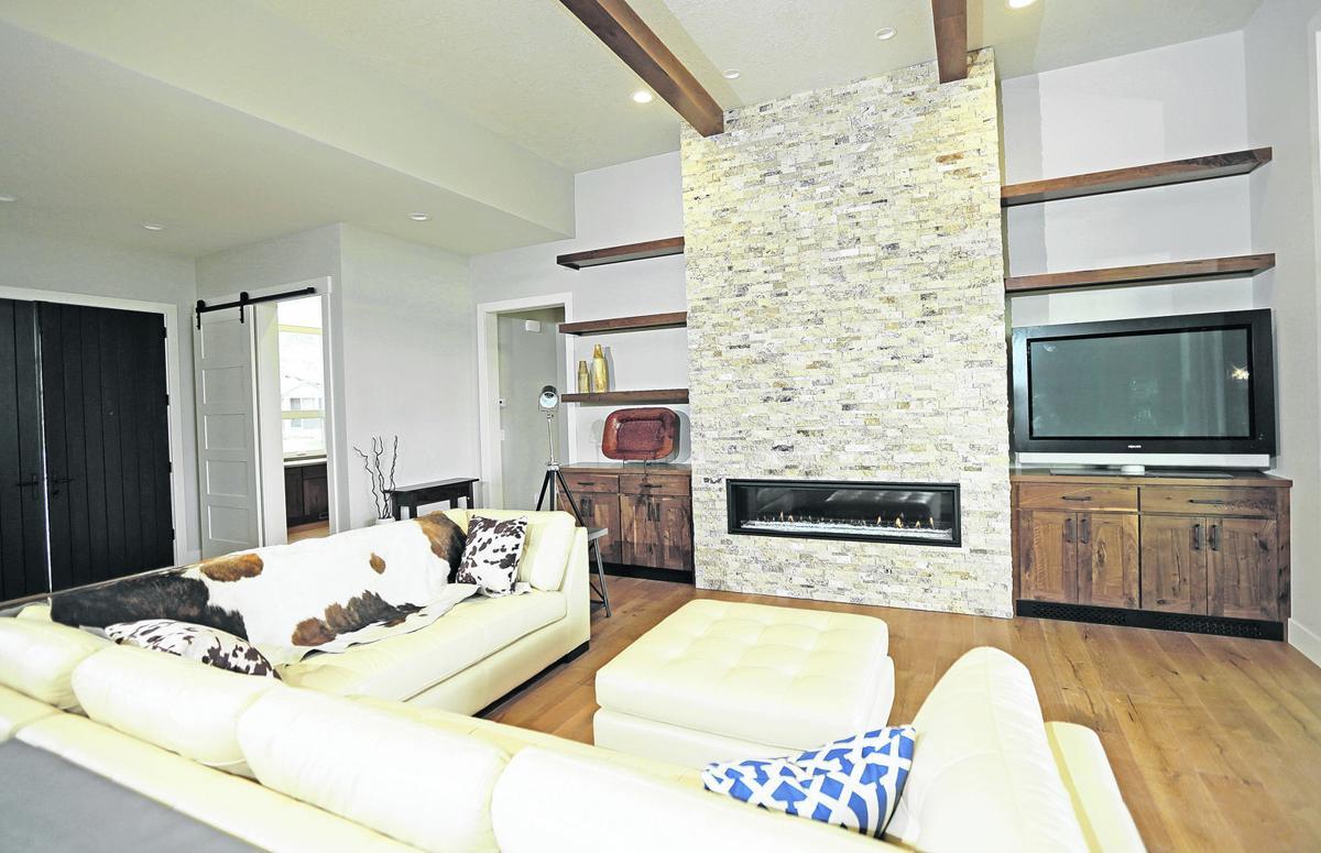 Fine Classic Homes Designs Photo - Home Decorating Inspiration ...