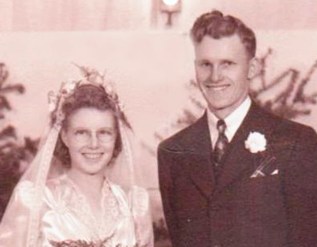 Cora and Vernon Sawyer in 1944