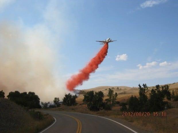Highway 87 fire retardant drop